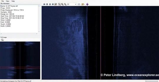Peter Lindberg'in takımının bulduğu, okyanus tabanına çarpmış uçan daire gibi görünen şey.