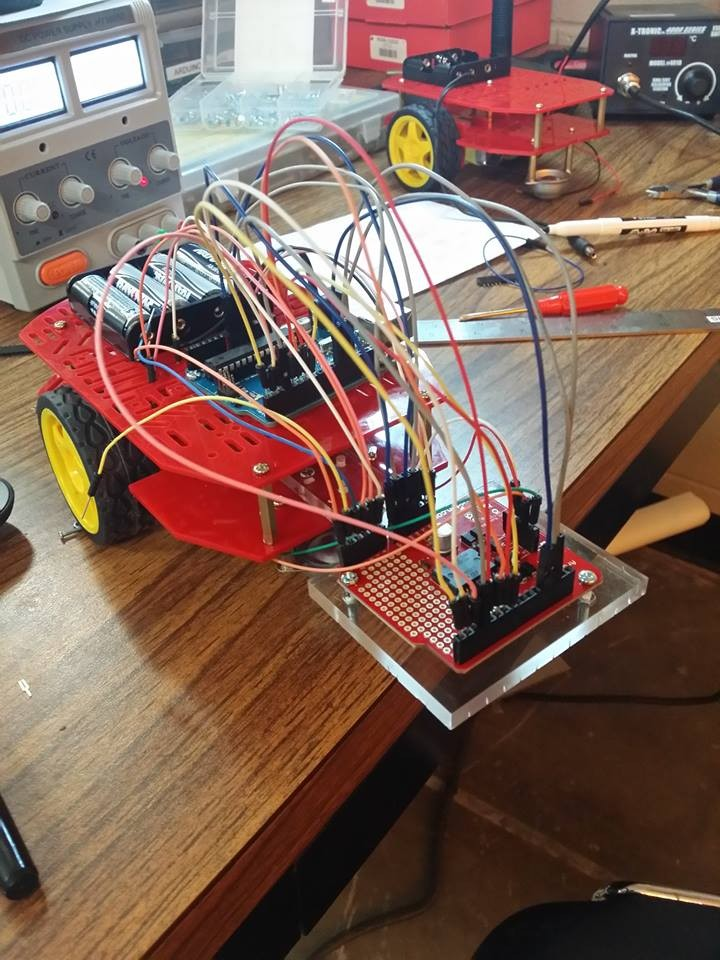 Sensör platformu olarak kullandığımız ve evrimsel robotik çalışmalarında farklı sensörlerden (duyu organlarından) aldığımız verileri robota dahil edebilmek kullandığımız robot platformlarından biri...