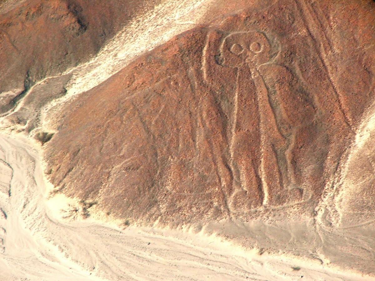 62918913 the astronautjpg - Nazca Çizgileri - Uzaylıların Hava Sahası İşaretleri Mi ?