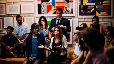 İnsan İletişiminde Sıra Alma ve Dil Arasındaki İlişki
