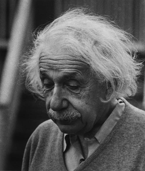 Alman Teorik Fizikçi Albert Einstein