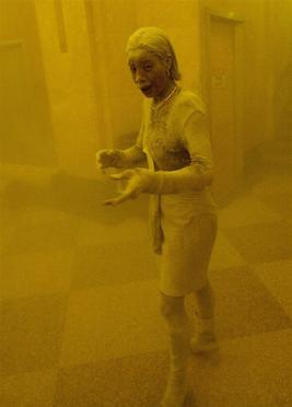 Marcy Borders covered in dust after the collapse of the World Trade Center on September 11, 2001. In 2015, at the age of 42, Borders died from stomach cancer.