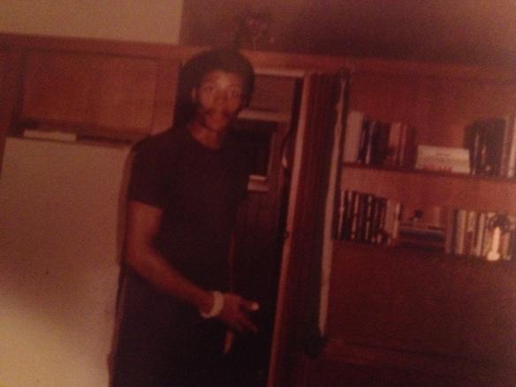 Neil deGrasse Tyson, 1984. Amet, tecavüzün bu evde yaşandığını iddia ediyor.