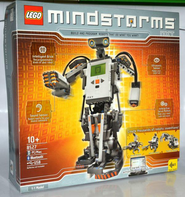 Mindstorms NXT: Mindstorms öğrencilerin kendi başına robot Mindstorms NXT geliştirmelerini sağlayan bir settir. Bu set ile öğrenciler robotları programlayabilir ve kontrol edebilirler.