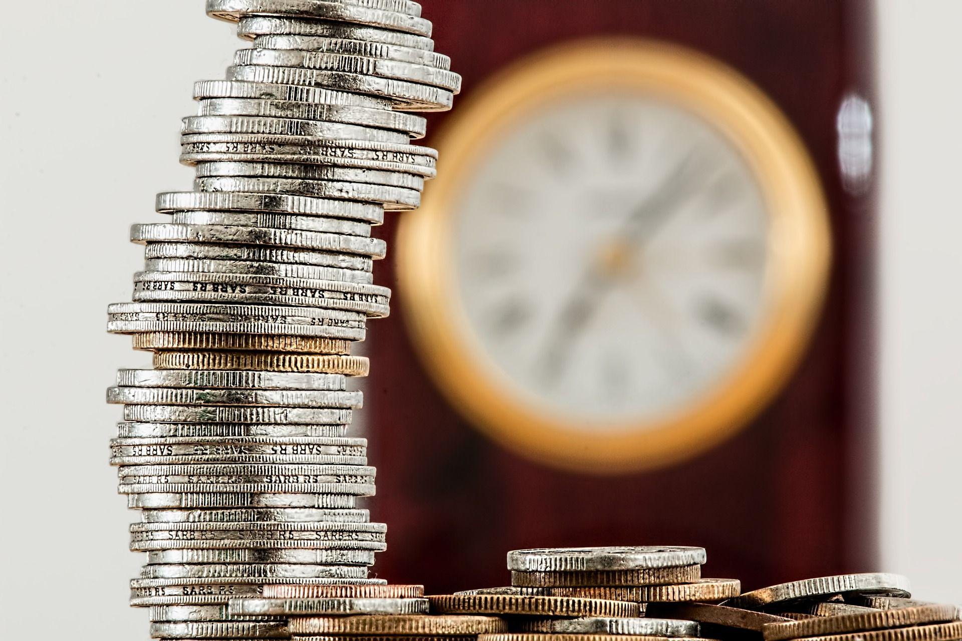 Kredi parası, geçmişi ve türleri